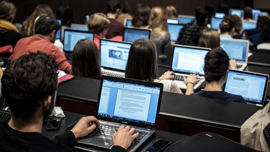 12月2日雅思大作文-配图-ICT及教育2